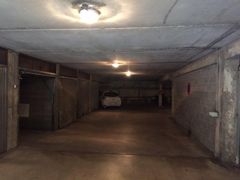 garage saint priest mercedes benz garage de genas garage automobile 51 avenue urbain le verrier. Black Bedroom Furniture Sets. Home Design Ideas